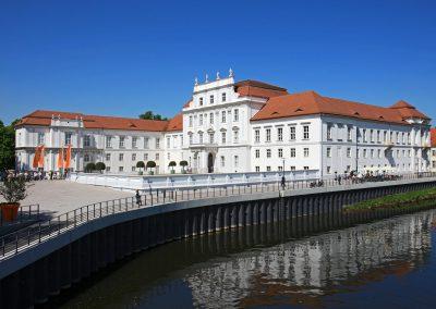 Stadt-Oranienburg_schloss-nah